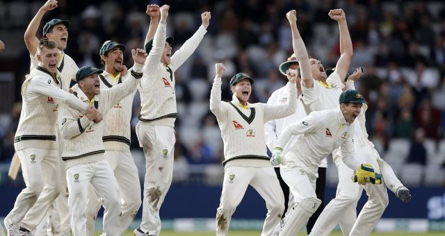 Australia retain Ashes with Old Trafford triumph